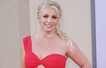 Näin seksikkäänä Britney poseeraa tuoreissa promokuvissa