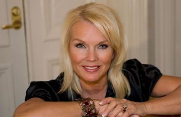 Johanna Raunio avautuu velkataakastaan.