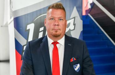 Jarno Pikkarainen valmentaa HIFK:ta.