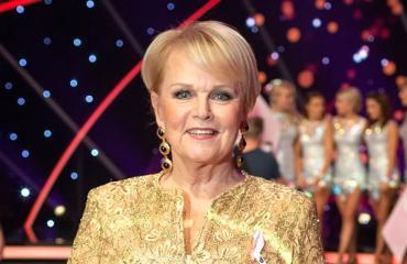 Katri Helenan keikkatauko romutti bisneksen – laulajalegenda nosti 42 000 euron osingot tappioista huolimatta!