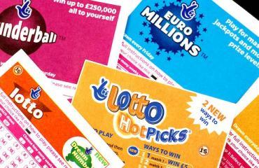 Nainen voitti lotossa kahdesti.