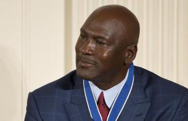 Michael Jordan on kokenut useita taloudellisia takaiskuja.