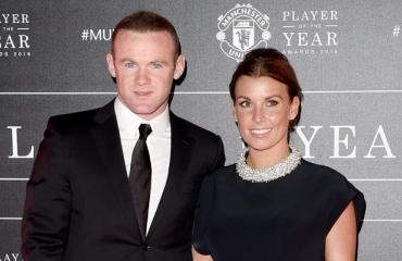 Wayne Rooneyn perhe lensi salalomalle Lappiin: futistähden vaimo esiintyi Suomessa salanimellä – paparazzikuvat Seiskassa!