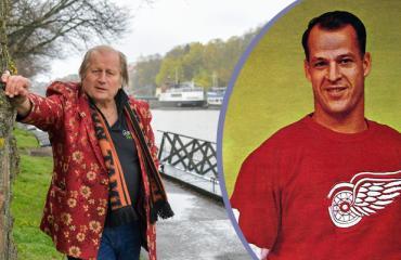 Juhani Tamminen & Gordie Howe.