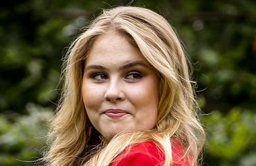 Hollannin kruununprinsessa Amalia