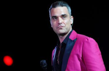 Robbie Williams harmittelee: takapuolen karvat riesana - vaimolla ei asiaa alueelle!