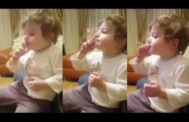 Tupakoiva kaksivuotias raivostutti yleisön - katso video!