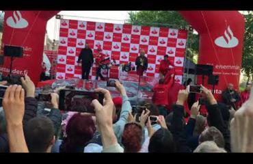 Kimi Räikkönen aiheutti hurjan hulabaloon Helsingissä, Robin-poika, 2, hurmasi kansan - kuvat ja video!