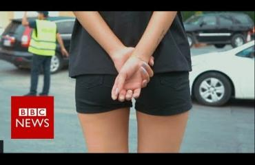 Tässä kaupungissa ovat maailman seksikkäimmät poliisit? Pormestari palkkasi nuori naisia poliiseiksi ulkonäön perusteella - video!