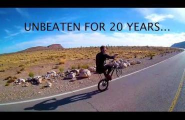Erikoinen maailmanennätysyritys: Pyörällä keulien Amerikan halki! Katso video!