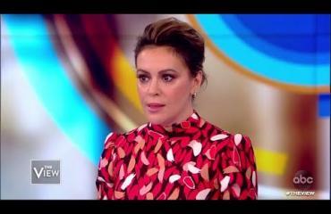 """MeToo-kampanjan keskeinen hahmo Alyssa Milano ei vieläkään paljasta ahdistelijan nimeä: """"Hänellä on menestyksekäs ura, perhe"""""""
