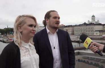 """Jenna ja Juuso testaavat parisuhdettaan Temptation Island Suomessa - Jennan lähipiiriltä järkyttäviä kommentteja: """"V**tu te olette v**maisia, olette ihan hulluja"""""""