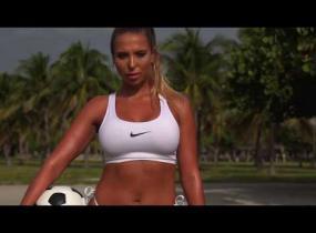 Brasilialaisen Natalian takamus on kuin kultakaivos - katso kuumat kurvikuvat!