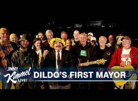 Dildo on kaupungin nimi Kanadassa ja tätä siitä on seurannut!
